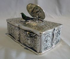 stock number 4795   Silver singing bird box by Griesbaum