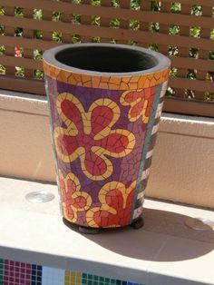 Hand mosaiced pots by JCD: http://www.johncroftdesign.com.au/blog/interior-design/mosaic-pots/
