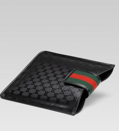 I need this in my life #summeraccessories  #ipad3