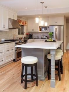 Great kitchen inspiration. Love It or List It  -  Season 5 -  Aline and Colin kitchen reveal
