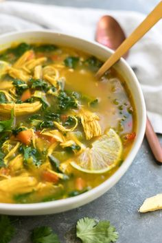 1 bài đánh giá · 35 phút · Gluten free Paleo · This thai ginger turmeric kale chicken soup is super flavorful and healthy! It has a bunch of healing and anti-inflammatory properties so it's perfect for kicking that winter cold too! Ginger Chicken Soup, Chicken Soup Recipes, Detox Chicken Soup, Kale Soup Recipes, Chicken Soups, Chicken Soup Benefits, Cooked Kale Recipes, Kale Chicken Salad, Chicken Broth Soup