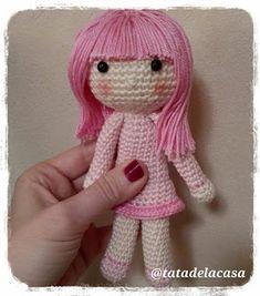Tatadelacasa: Como poner el pelo a tu muñeca de ganchillo (amigurumi)