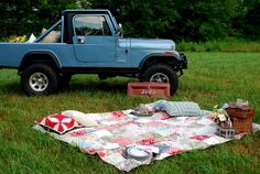 Picnic with a Jeep