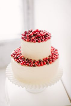 White cake with red fruits