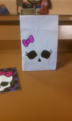 DIY Monster High Party Bags | Shay's Bday | Pinterest
