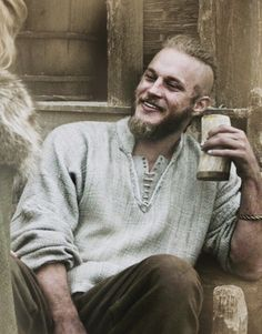 Travis Fimmel looks so much better as a viking than in real life. Look him up.