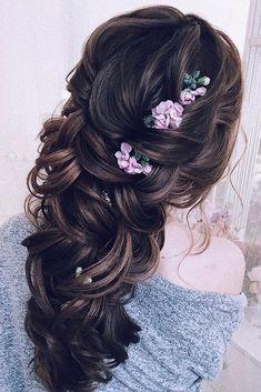 Wedding Hair Half Up Ideas #weddings #bride #bridal #wedding #hairstyles #weddinghairstyles