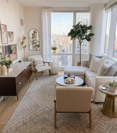 Small Apartment Living, Small Living Rooms, Living Room Apartment, York Apartment, Apartment Goals, Modern Living, Cute Living Room, Dream Apartment, Living Room And Bedroom In One