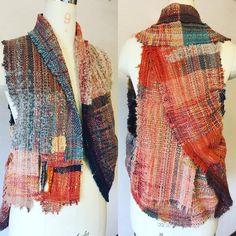 "73 Likes, 4 Comments - masae yoshida (@martha.812) on Instagram: ""一ヶ所もカットしないで出来るベストです #saoriweaving #さをり織り #wool#tailormade #martha"""