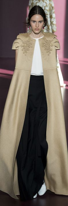 Valentino Fall Winter 2017 Haute Couture Collection
