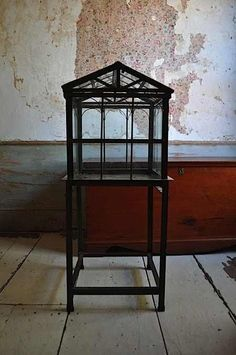 Design Sleuth: Wardian Case : Remodelista