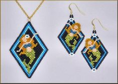Mermaid Pendant and Earring Brick Stitch Pattern by Kristy Zgoda Native Beading Patterns, Beaded Jewelry Patterns, Bracelet Patterns, Beaded Earrings Native, Seed Bead Earrings, Seed Beads, Beaded Necklaces, Beaded Bead, Mermaid Pendant