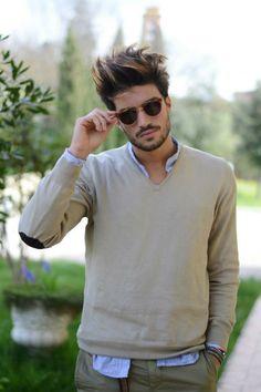Mariano di Vaio in a beige sweater
