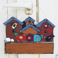 Housses and flowers on wooden painted door sign de la boutique LULdesign sur Etsy