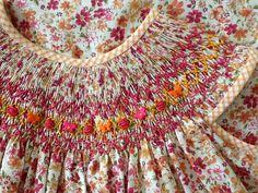 Bishop en algodon bordado por Marianela Collado--love the little butterflies