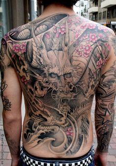 Japanese style Dragon on back - 100 Awesome Back Tattoo Ideas  <3 <3