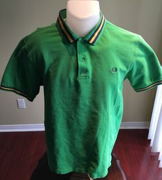 New to MajorDivision on Etsy: Vintage Green Large Short Sleeve Fred Perry Polo (25.00 CAD)