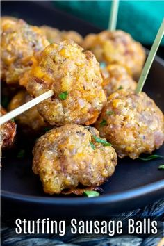 This is the BEST recipe for Stuffing Sausage balls made with sausage bacon stuffing and cheddar cheese. This easy make ahead sausage ball recipe is a great appetizer for holiday parties! Bacon Appetizers, Thanksgiving Appetizers, Appetizers For Party, Thanksgiving Recipes, Appetizer Recipes, Italian Appetizers, Quick Appetizers, Christmas Appetizers, Christmas Recipes