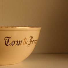 homer laughlin tom and jerry mixing bowl $20