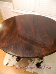 Refinishing An Oak Table {A Dining Room Update} – Live Pretty on a Penny - Modern Oak Table Top, Solid Oak Dining Table, Dining Sets, Oak Dining Room, Dining Furniture, Furniture Refinishing, Painted Furniture, Furniture Ideas, Coaster Furniture