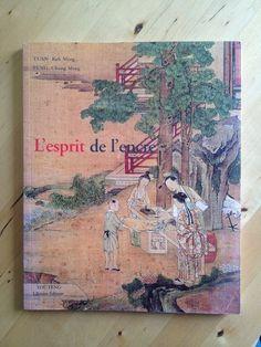 #art : L'esprit de l'encre - Keh-Ming Tuan. Le présent ouvrage est consacré à l'histoire des techniques de la peinture chinoise et de leurs diverses applications. Il propose une approche des différents aspects de ce domaine, enrichi au fil des siècles par une tradition qui s'est révélée féconde, en se gardant de le réduire à de simples traditions d'atelier, qui isolées de leurs exigences spirituelles n'auraient plus guère de sens. Aussi, c'est le lien fondamental qui s'est tissé entre la ...