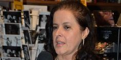 Entrevistaa a Maritza M. Mejia, organizadora del Desayuno Literario LuzDelMes.