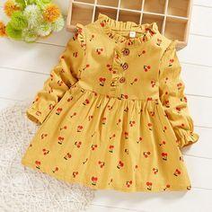 Baby Girl Dress Design, Girls Frock Design, Baby Girl Dress Patterns, Baby Clothes Patterns, Dress Girl, Girls Dresses Sewing, Stylish Dresses For Girls, Little Girl Dresses, Cute Baby Dresses