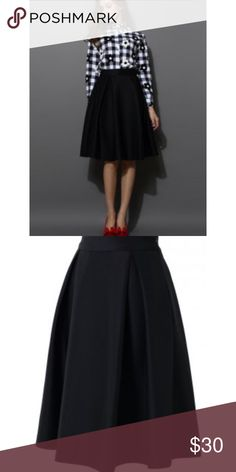 Back midi skirt Chic Wish navy pleated midi skirt. Skirts A-Line or Full