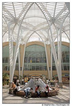 Atrium designed by Calatrava in BCE Place. Toronto, Canada.