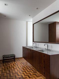 Casa CSF by architect Zenon Lotufo in SAo Paulo Brazil