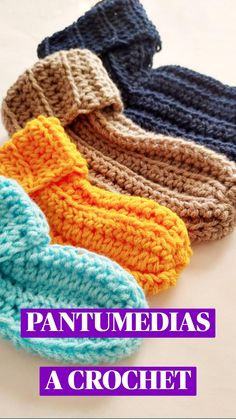 Crochet Socks, Crochet Baby Booties, Crochet Gifts, Crochet Scarves, Crochet Clothes, Easy Crochet, Crochet Baby Stuff, Things To Crochet, Free Crochet