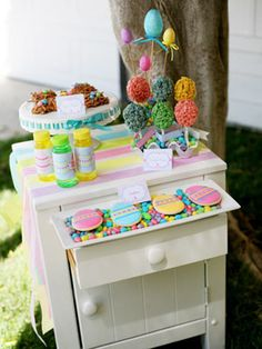 Colorful Easter Treats for the Kids and How-to Guide for Easter Decorating Party with Pictures via @Celebrations.com