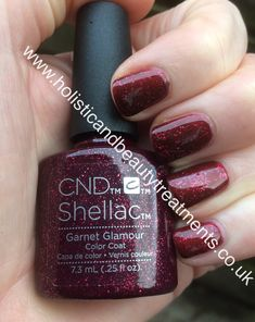Perfect Christmas nails with Garnet Glamour layered over Crimson Sash