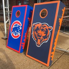 https://flic.kr/p/Coqiuo | Skykine on sides of Cubs and Bears Cornhole's bag sets | These hand painted cornhole sets, were shipped off to Hawaii