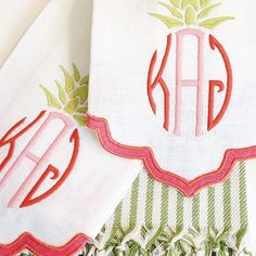 We will never ever ever get tired of this darling pineapple monogram! #theloveliest #dallas #momogrameverything