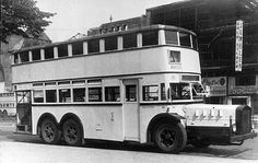1939 Daimler-Benz Type D38 - Now THAT!! is a BUS! ;-) ............ checkfred.com ........