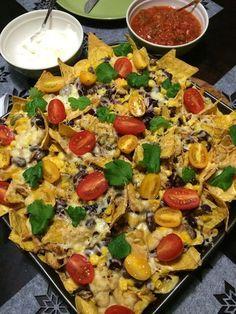 Tuoksussa Basilikaa: Broileri-nachovuoka Paella, Food And Drink, Ethnic Recipes, Waiting