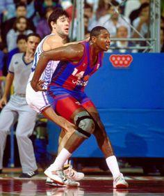 Audie Norris,el mejor extranjero en la historia del Barça de basket.Sus duelos con Fernando Martin,en la foto,épicos.
