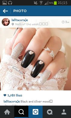 Silver and black mood:)i want ths style:)