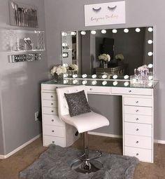40 Kreative DIY-Make-up-Vanity-Design-Ideen die Inpire sind Creative Makeup Look. - 40 Kreative DIY-Make-up-Vanity-Design-Ideen die Inpire sind Creative Makeup Looks die DIYMakeupVanityDesignIdeen Inpire kreative sind Cute Bedroom Ideas, Cute Room Decor, Sala Glam, Vanity Room, Vanity Set, Small Vanity, Diy Vanity, Vanity Design, Glam Room
