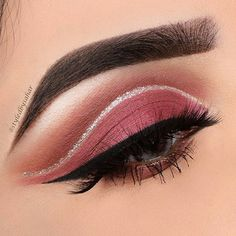 Beautiful!! @styledbysahar #makeuptips #eyelashes #makeuptutorial #beautytips #makeupforever #makeupworld #makeupartist #makeupjunkie #makeupaddict #instabeauty #instamakeup #muotd #makeupoftheday #makeupoftheday #instaglam #mua #beautyandhairdiaries #eyebrowsonpoint #eyeliner #eyebrows #eyebrow #makeover #eyemakeup #makeupartist #onfleek #eyelineronpoint #eyes #eyeshadows #smokeyeye #makeup #lovemakeup #lashes