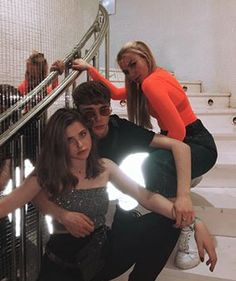 Best Friend Goals, Best Friends, Irene, Nicole Wallace, Noora Skam, Nora, Insta Photo Ideas, Squad Goals, Series Movies