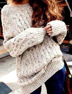 baggy creme sweater/ dark skinnies/ brown handbag