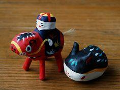 ひとつ前の記事で琉球玩具ロードワークスのことを書きましたので、沖縄旅行から話はそれますが、我が家の琉球張子たち(豊永さん作)をご紹介いたします。まずはおに...