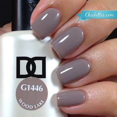 NEW FORMULA! Daisy Soak Off Gel Nail Color: Woodlake 1446. Taupe creme. Size 0.5 oz/15ml. LIMITED PROMOTION: FREE MATCHING NAIL POLISH IN A PACK! About the NEW Daisy Soak Off Gel Polish: With the ne