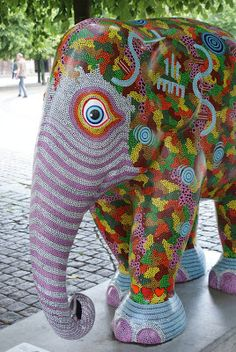 Title: Elephant Meeting Place Artist: Hans Kuijs Location: Kongens Nytorv African Forest Elephant, Asian Elephant, Elephant Love, Elephant Art, Elephant Design, All About Elephants, Elephas Maximus, Cow Parade, Elephant Pictures