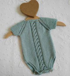 Diy Romper, Knitted Romper, Newborn Crochet Patterns, Crochet Baby, Diy Crafts Knitting, Romper Pattern, Jacket Pattern, Baby Pullover, Newborn Outfits