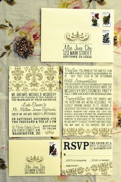 damask wedding invitations. luv.