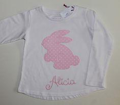 cocodrilova: camiseta conejito para Alicia #camisetabebe #camiseta #bebe #camisetapersonalizada