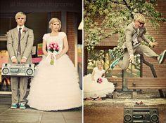 Such a cute wedding photo set! :) LOVE!